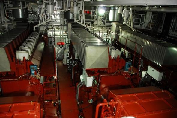 RV Investigator's engines